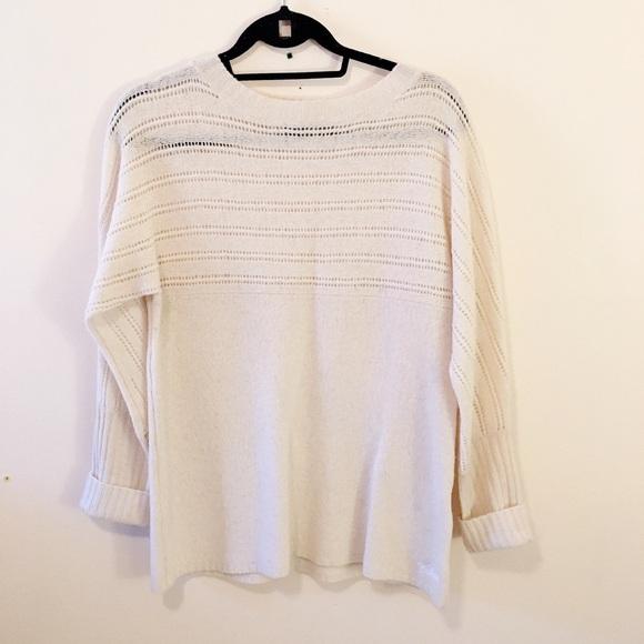 Woolrich cream 100% wool sweater long sleeves knit